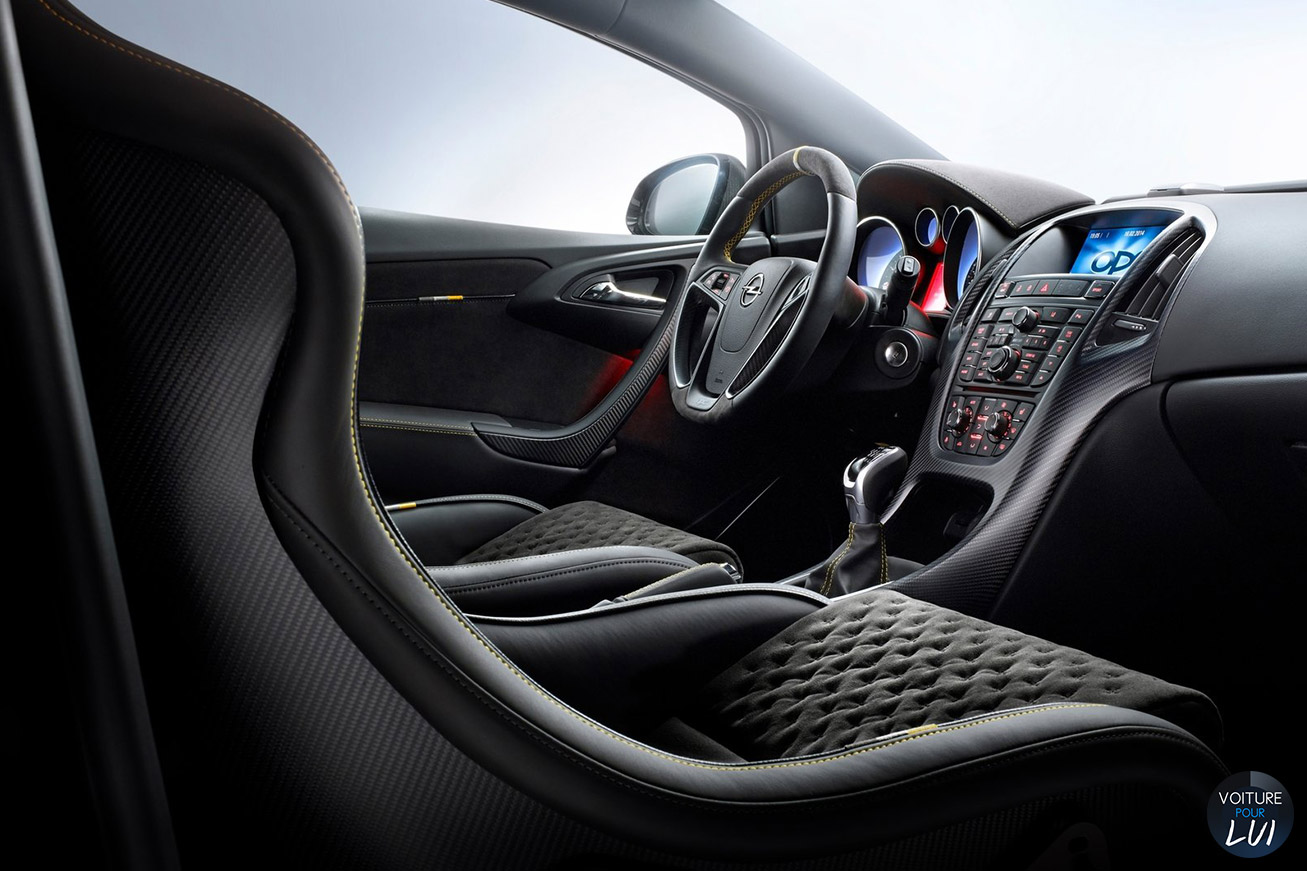 astra opc extreme 2015 photos sportive. Black Bedroom Furniture Sets. Home Design Ideas