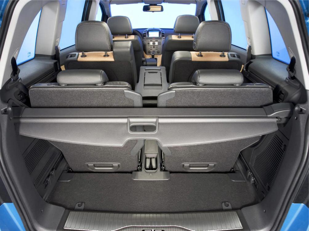 Opel  ZAFIRA    http://www.voiturepourlui.com/images/Opel//Interieur/Opel_Zafira_028.jpg
