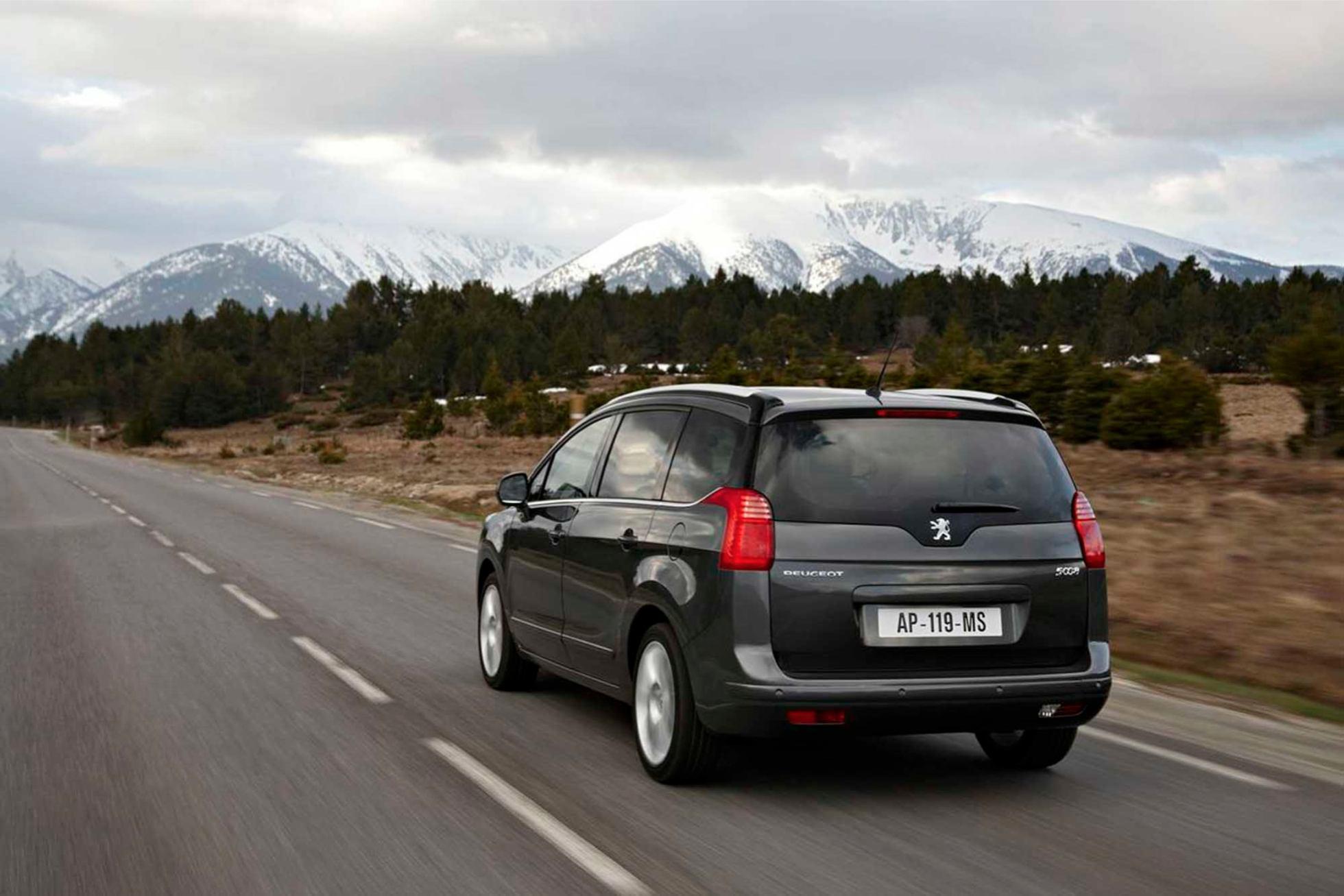 Peugeot  5008    http://www.voiturepourlui.com/images/Peugeot//Exterieur/Peugeot_5008_016.jpg