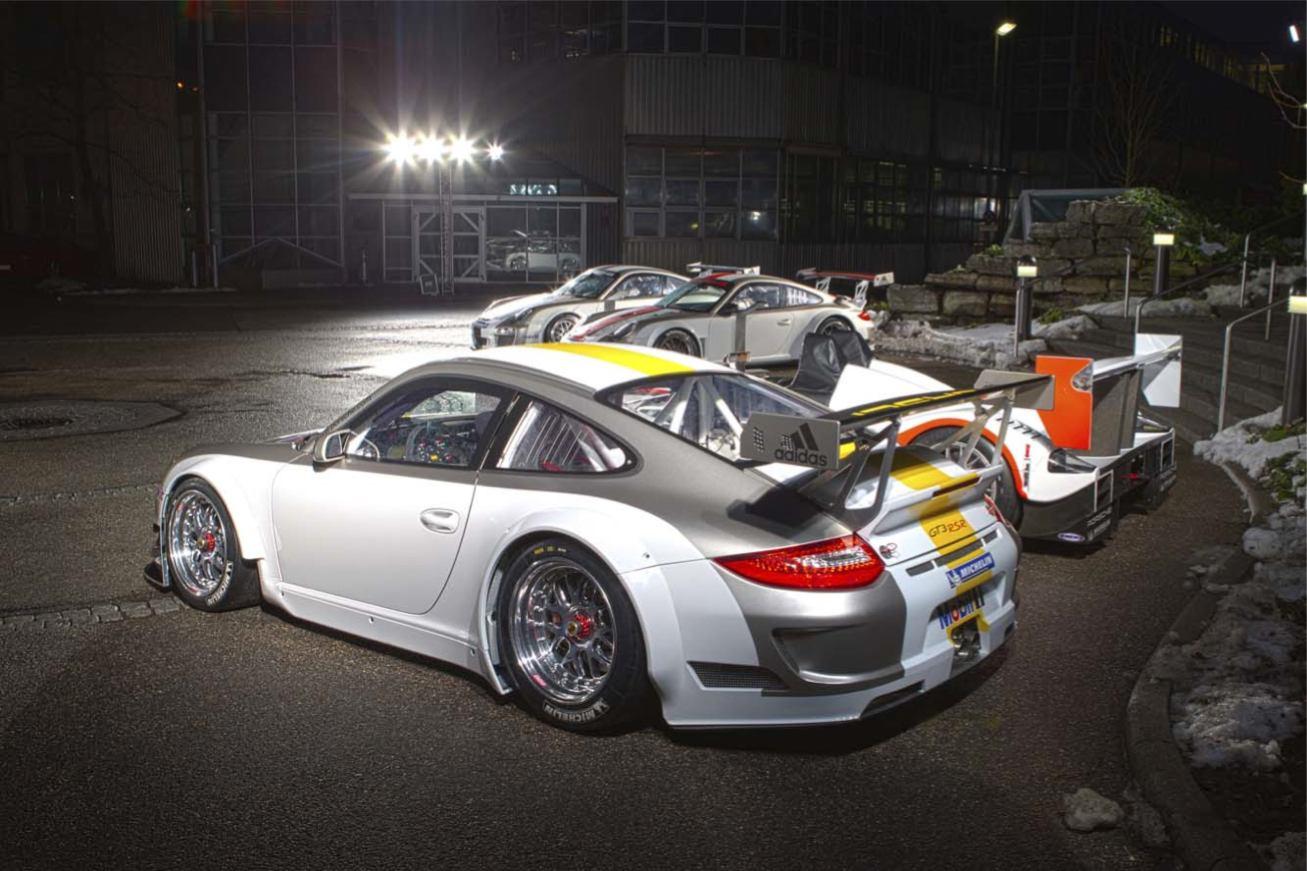 Les nouvelles photos de : 911-GT3-RSR