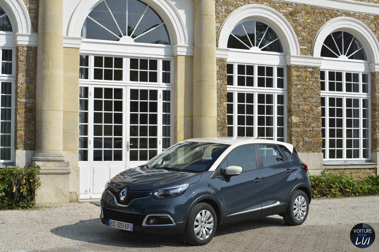 renault captur tce 90 zen 2014 voiture pour lui. Black Bedroom Furniture Sets. Home Design Ideas