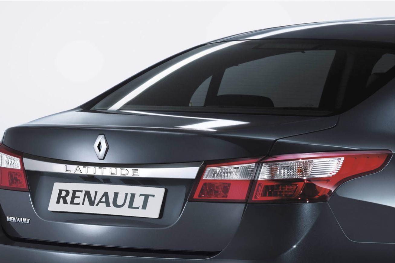 Renault  LATITUDE    http://www.voiturepourlui.com/images/Renault//Exterieur/Renault_Latitude_009.jpg