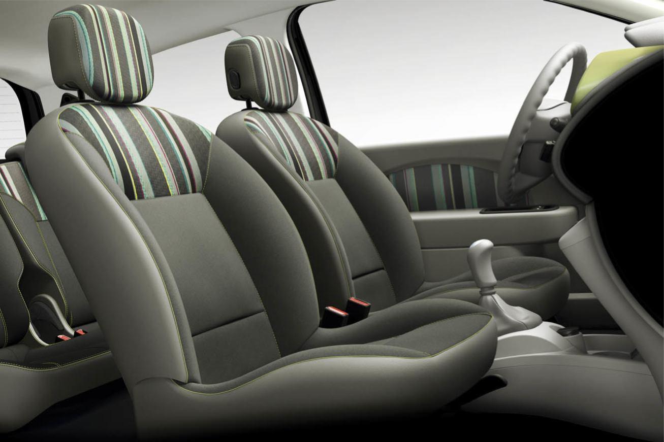 http://www.voiturepourlui.com/images/Renault/Nouvelle-Twingo-2012/Interieur/Renault_Nouvelle_Twingo_2012_508.jpg