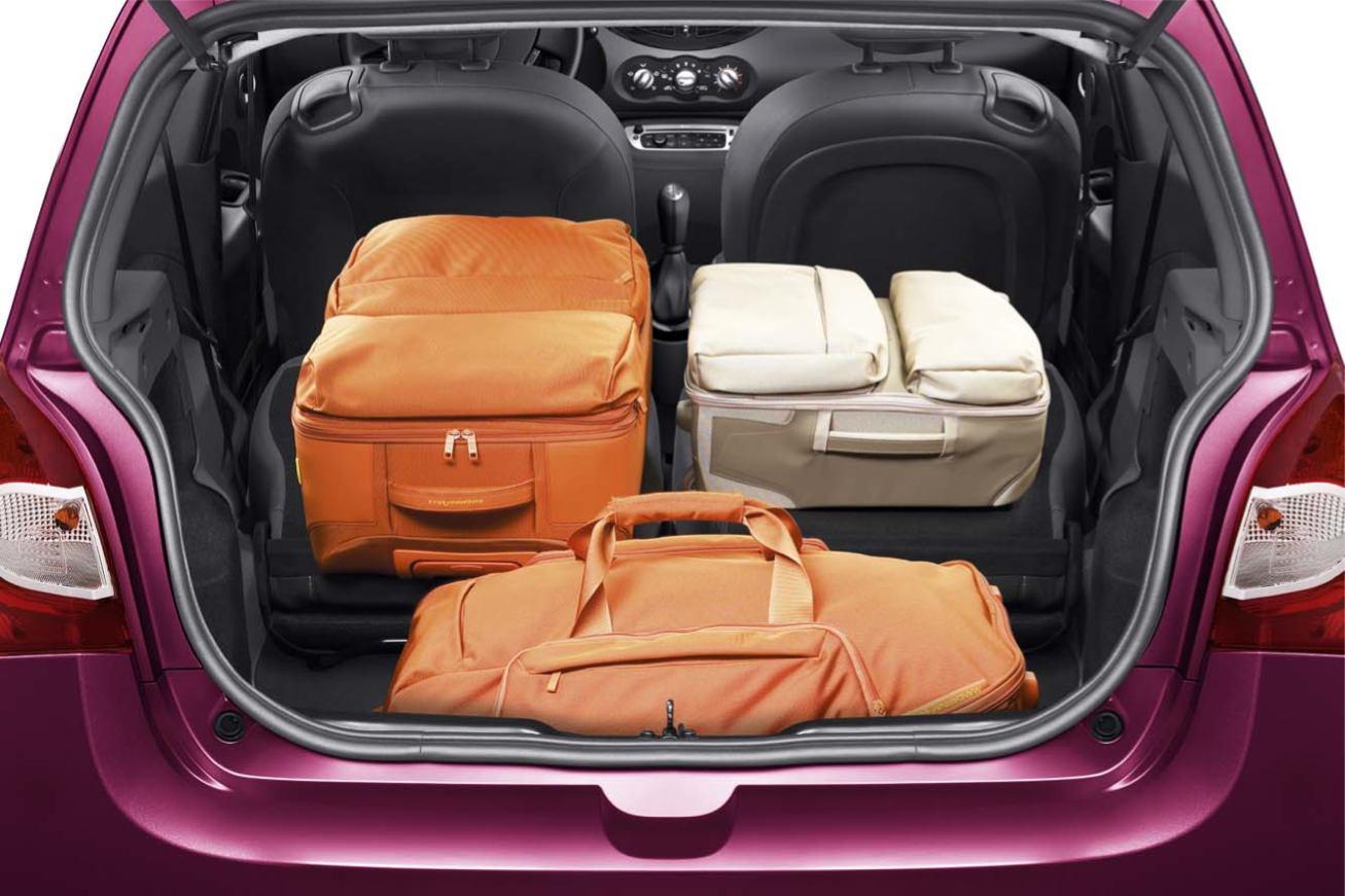 http://www.voiturepourlui.com/images/Renault/Nouvelle-Twingo-2012/Interieur/Renault_Nouvelle_Twingo_2012_512.jpg