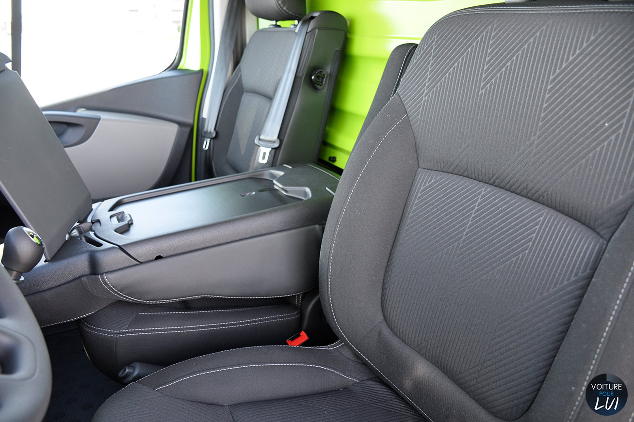 photo renault trafic grand confort 2014 dci. Black Bedroom Furniture Sets. Home Design Ideas