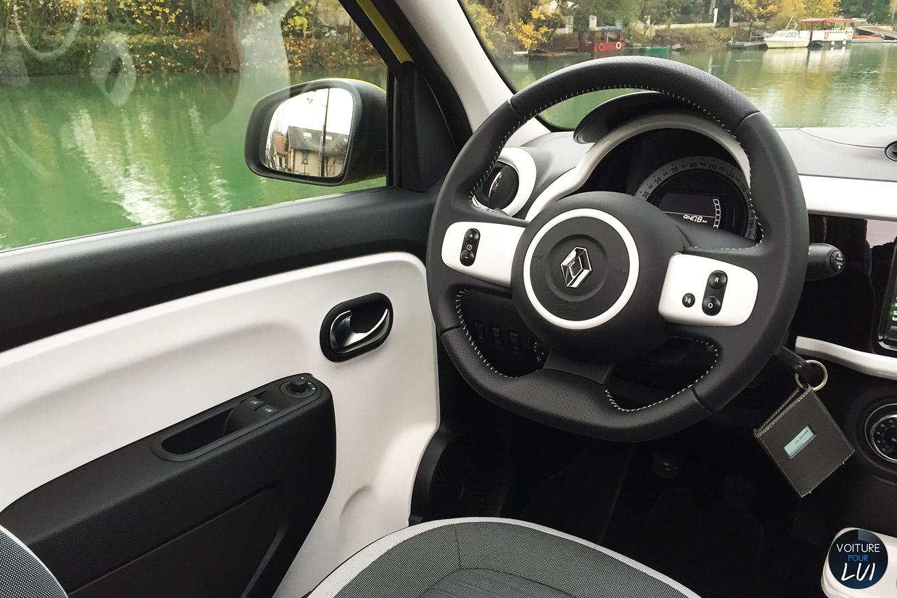 Renault twingo 3 2015 renault twingo 3 2015 003 for Twingo 3 interieur