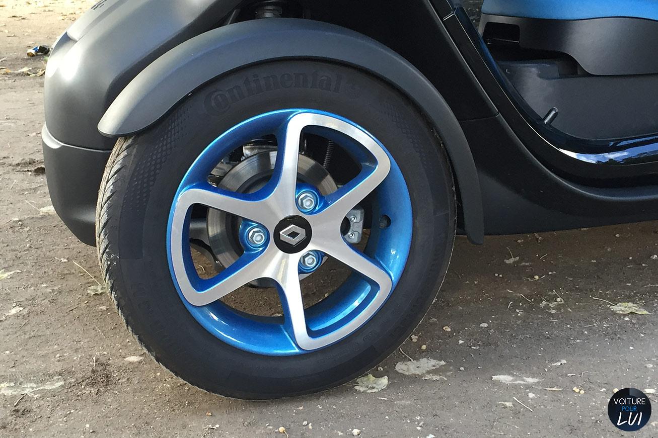 Renault  TWIZY INTENS 2014   Jante  http://www.voiturepourlui.com/images/Renault//Exterieur/Renault_Twizy_Intens_2014_035_jante.jpg