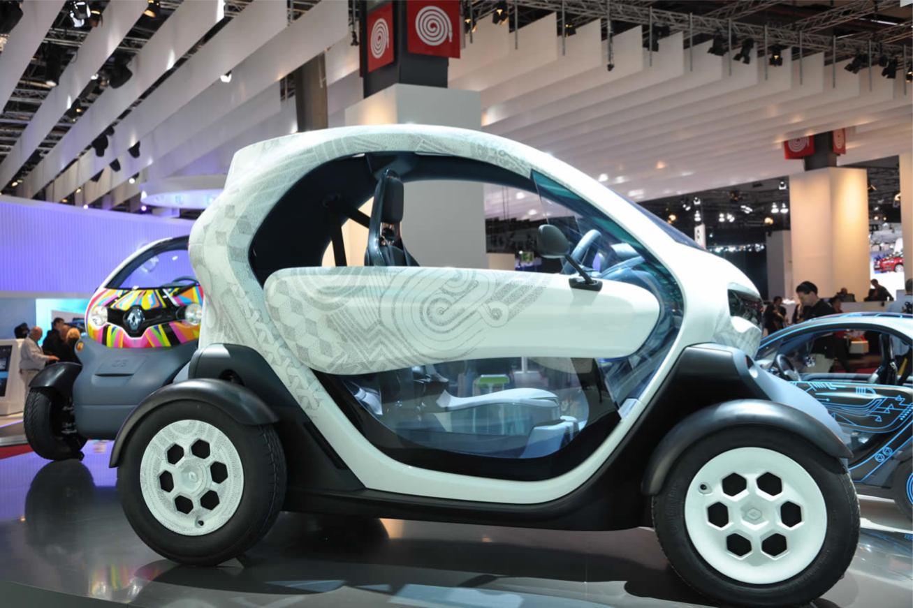 renault twizy ze concept voiture pour lui. Black Bedroom Furniture Sets. Home Design Ideas
