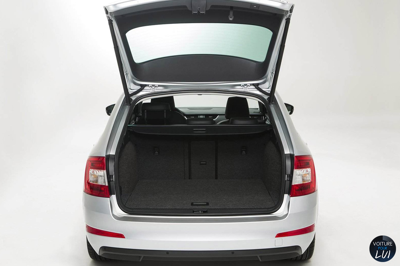 photo skoda octavia combi 2014 coffre. Black Bedroom Furniture Sets. Home Design Ideas