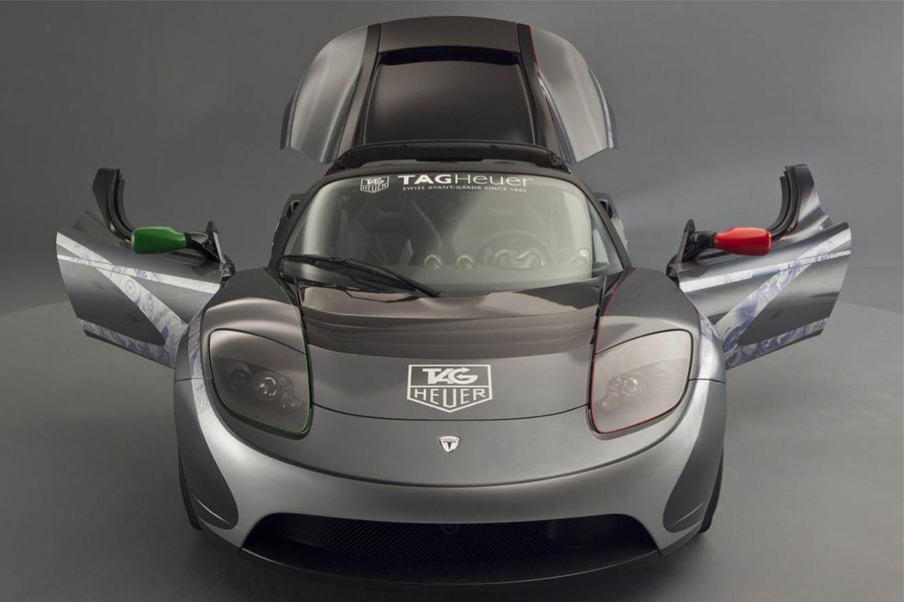 Tesla  ROADSTER TAG HEUER    http://www.voiturepourlui.com/images/Tesla//Exterieur/Tesla_Roadster_TAG_Heuer_016.jpg