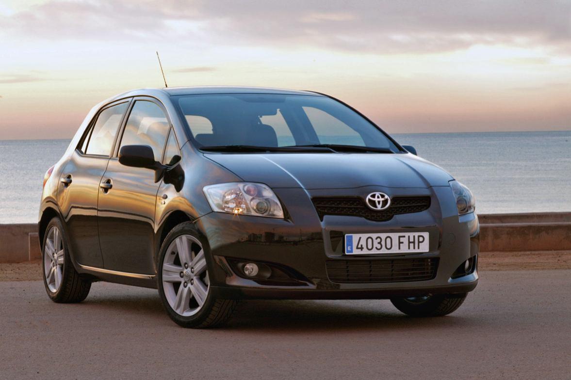 Toyota Auris photo
