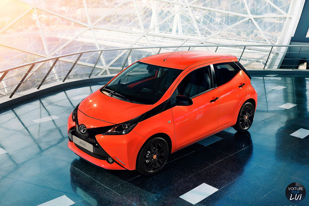 image toyota aygo 2015 orange. Black Bedroom Furniture Sets. Home Design Ideas