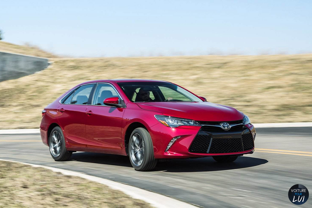 Nouvelle photo : ToyotaCamry-2015
