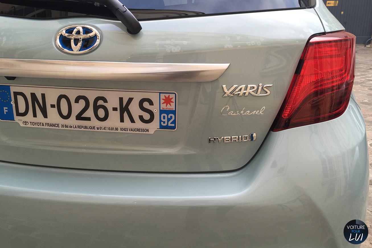 Toyota  YARIS CACHAREL   Hybrid  http://www.voiturepourlui.com/images/Toyota//Exterieur/Toyota_Yaris_Cacharel_019_hybrid.jpg