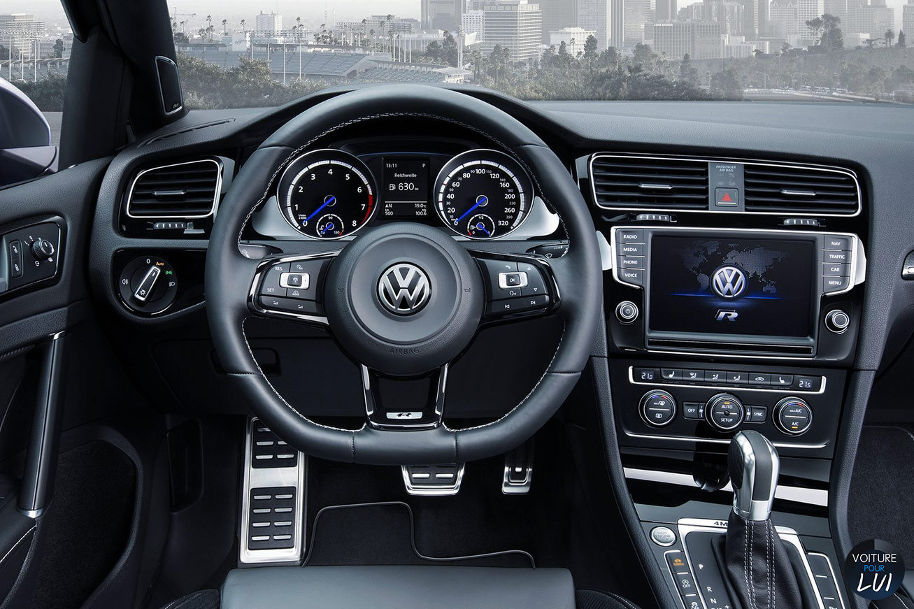 nouvelle volkswagen golf r sw du coffre devant et derri re. Black Bedroom Furniture Sets. Home Design Ideas