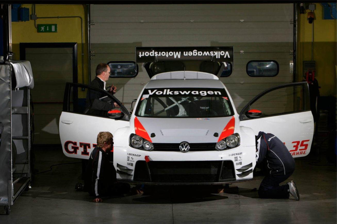 Volkswagen Golf24 Nurburgring