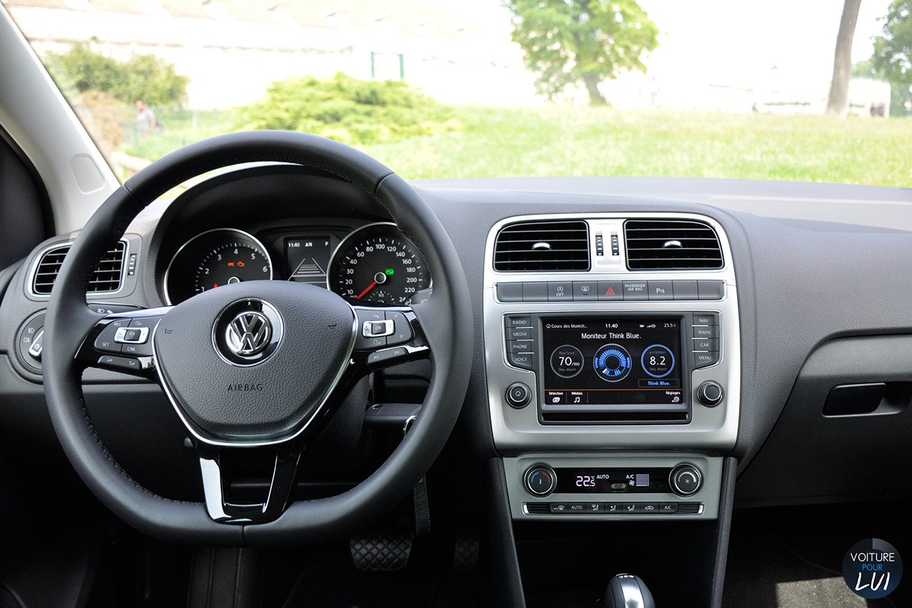 photos volkswagen polo sportline 1 2 tsi 90 2014 numero 15. Black Bedroom Furniture Sets. Home Design Ideas