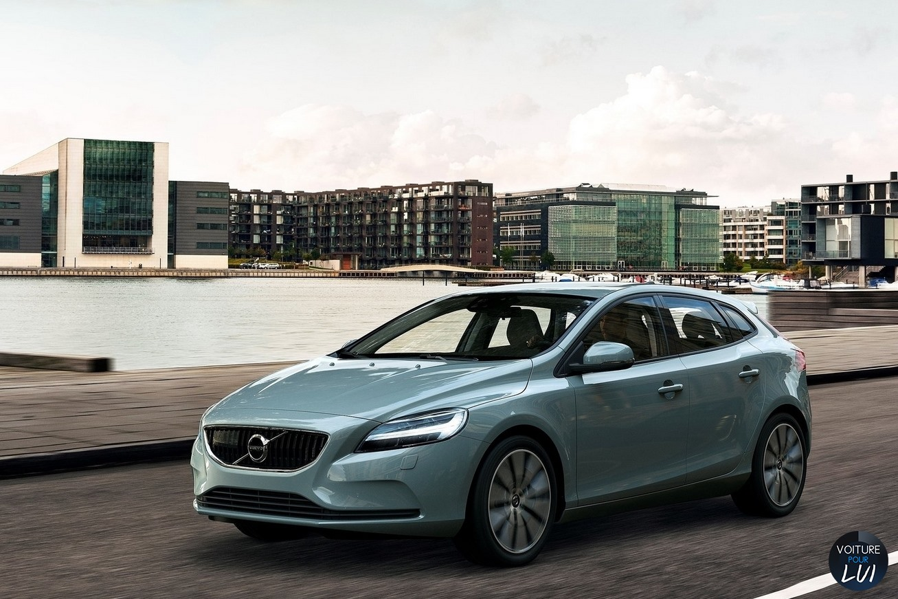 Nouvelle photo : VolvoV40-2016