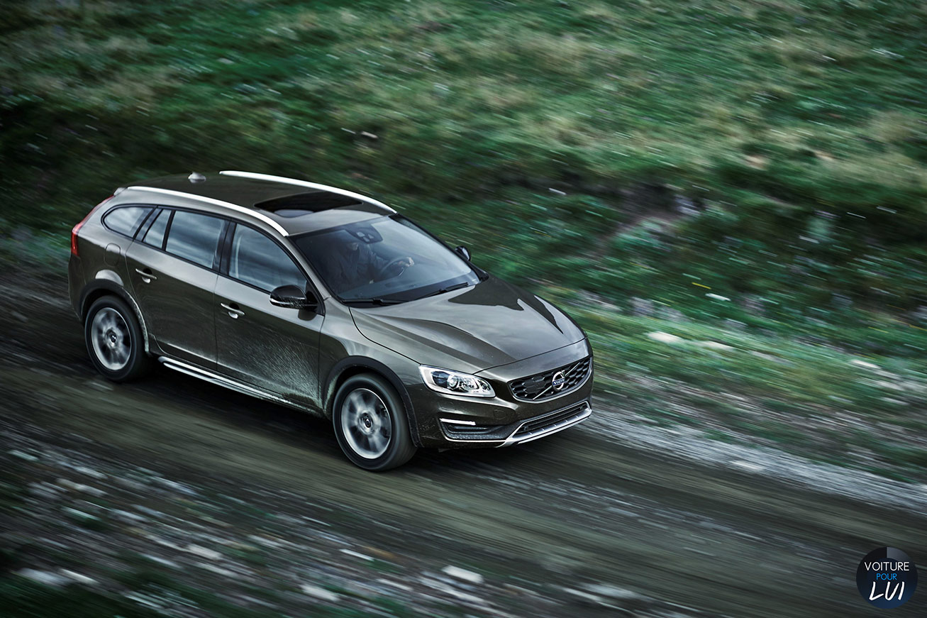 Nouvelle photo : VolvoV60-Cross-Country