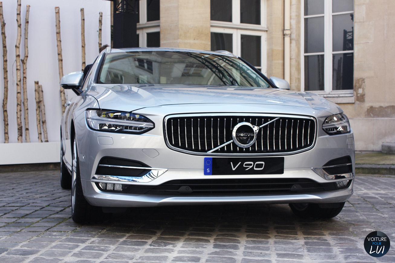 Volvo  V90 2016   Calandre  http://www.voiturepourlui.com/images/Volvo//Exterieur/Volvo_V90_2016_005_calandre.jpg