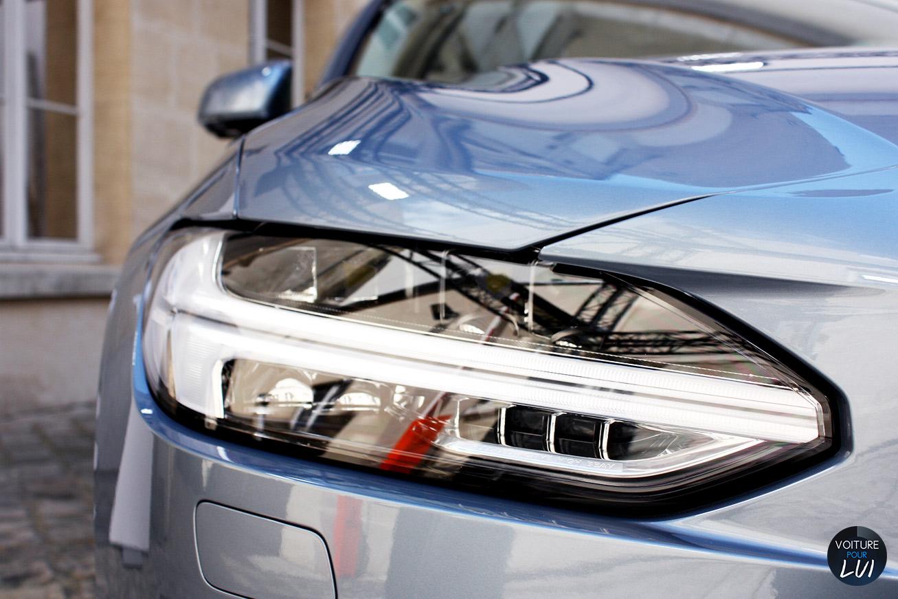 Volvo  V90 2016   Phare  http://www.voiturepourlui.com/images/Volvo//Exterieur/Volvo_V90_2016_009_phare.jpg