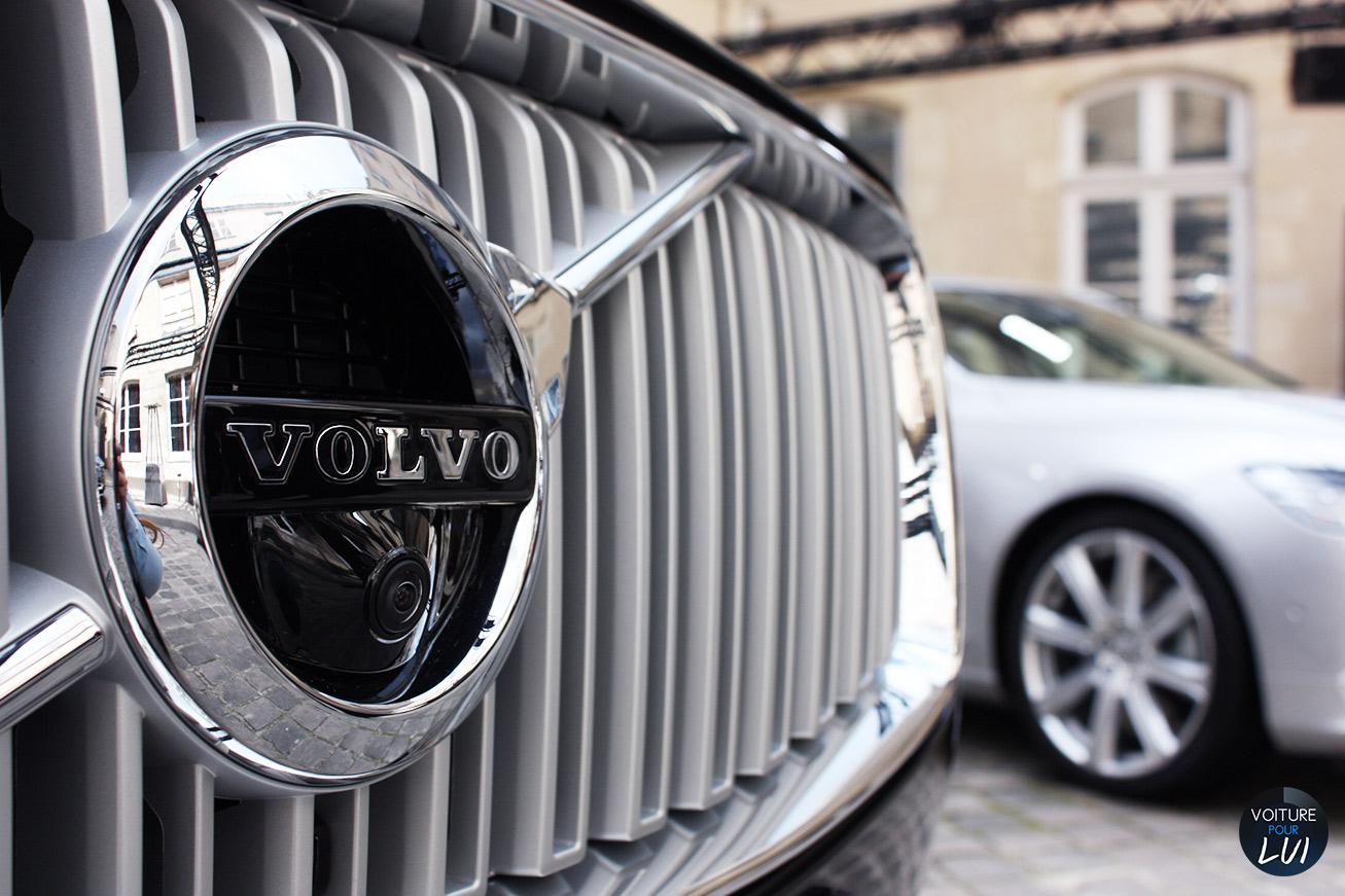 Volvo  V90 2016   Camera Avant  http://www.voiturepourlui.com/images/Volvo//Exterieur/Volvo_V90_2016_010_camera_avant.jpg