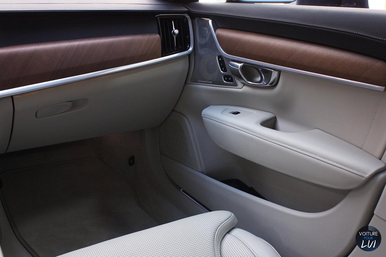 Volvo  V90 2016   Avant  http://www.voiturepourlui.com/images/Volvo//Interieur/Volvo_V90_2016_006_interieur.jpg