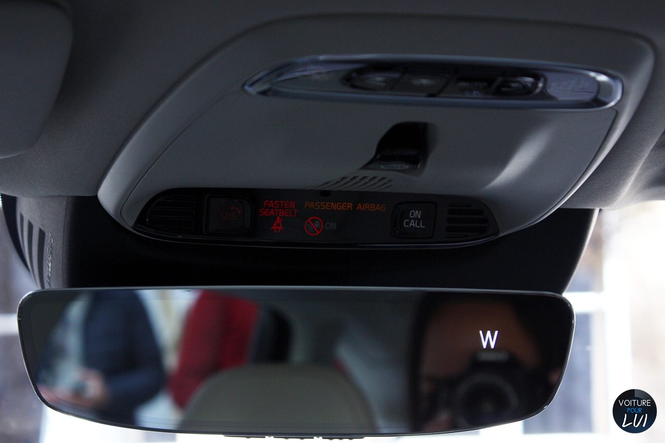 Volvo  V90 2016   Camera Avant  http://www.voiturepourlui.com/images/Volvo//Interieur/Volvo_V90_2016_010_retroviseur.jpg