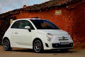 http://www.voiturepourlui.com/images/Abarth/500/Exterieur/Fiat_500_Abarth_025.jpg