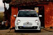 http://www.voiturepourlui.com/images/Abarth/500/Exterieur/Fiat_500_Abarth_027.jpg
