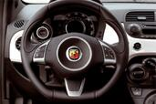 Abarth 500 http://www.voiturepourlui.com/images/Abarth/500/Interieur/Abarth_500_502.jpg