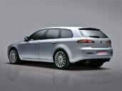 http://www.voiturepourlui.com/images/Alfa-Romeo/159/Exterieur/Alfa_Romeo_159_011.jpg