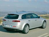 http://www.voiturepourlui.com/images/Alfa-Romeo/159/Exterieur/Alfa_Romeo_159_016.jpg