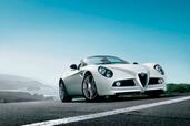 http://www.voiturepourlui.com/images/Alfa-Romeo/8C-Spider/Exterieur/Alfa_Romeo_8C_Spider_006.jpg