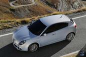 http://www.voiturepourlui.com/images/Alfa-Romeo/Giulietta-2014/Exterieur/Alfa_Romeo_Giulietta_2014_008_dessus.jpg