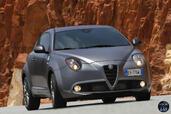 http://www.voiturepourlui.com/images/Alfa-Romeo/MiTo-Quadrifoglio-Verde-2015/Exterieur/Alfa_Romeo_MiTo_Quadrifoglio_Verde_2015_006.jpg