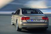 http://www.voiturepourlui.com/images/Audi/A8-L-2011/Exterieur/Audi_A8_L_2011_032.jpg