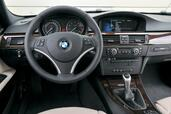 Photo Bmw Serie-3-2008 2008 Bmw Serie 3 2008 http://www.voiturepourlui.com/images/Bmw/Serie-3-2008/Interieur/Bmw_Serie_3_Touring_2008_512.jpg