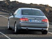 http://www.voiturepourlui.com/images/Bmw/Serie-3-Coupe/Exterieur/Bmw_Serie_3_Coupe_010.jpg