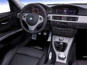 Photo Bmw Serie-3 2007 Bmw Serie 3 http://www.voiturepourlui.com/images/Bmw/Serie-3/Interieur/Bmw_Serie_3_012.jpg