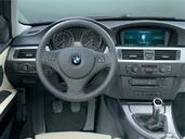 Photo Bmw Serie-3 2007 Bmw Serie 3 http://www.voiturepourlui.com/images/Bmw/Serie-3/Interieur/Bmw_Serie_3_043.jpg