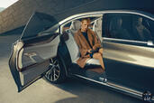 http://www.voiturepourlui.com/images/Bmw/Vision-Future-Luxury/Exterieur/Bmw_Vision_Future_Luxury_006_porte.jpg