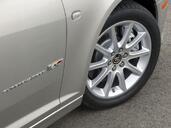 http://www.voiturepourlui.com/images/Cadillac/STS/Exterieur/Cadillac_STS_002.jpg