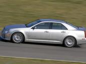 http://www.voiturepourlui.com/images/Cadillac/STS/Exterieur/Cadillac_STS_007.jpg
