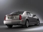 http://www.voiturepourlui.com/images/Cadillac/STS/Exterieur/Cadillac_STS_014.jpg
