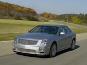 http://www.voiturepourlui.com/images/Cadillac/STS/Exterieur/Cadillac_STS_018.jpg