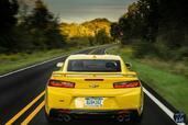 http://www.voiturepourlui.com/images/Chevrolet/Camaro-2016/Exterieur/Chevrolet_Camaro_2016_034_jaune_arriere.jpg