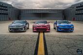 http://www.voiturepourlui.com/images/Chevrolet/Camaro-2016/Exterieur/Chevrolet_Camaro_2016_047_gris_rouge_bleu_avant_face.jpg
