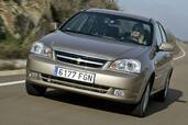 http://www.voiturepourlui.com/images/Chevrolet/Nubira/Exterieur/Chevrolet_Nubira_002.jpg
