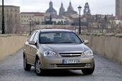 http://www.voiturepourlui.com/images/Chevrolet/Nubira/Exterieur/Chevrolet_Nubira_003.jpg